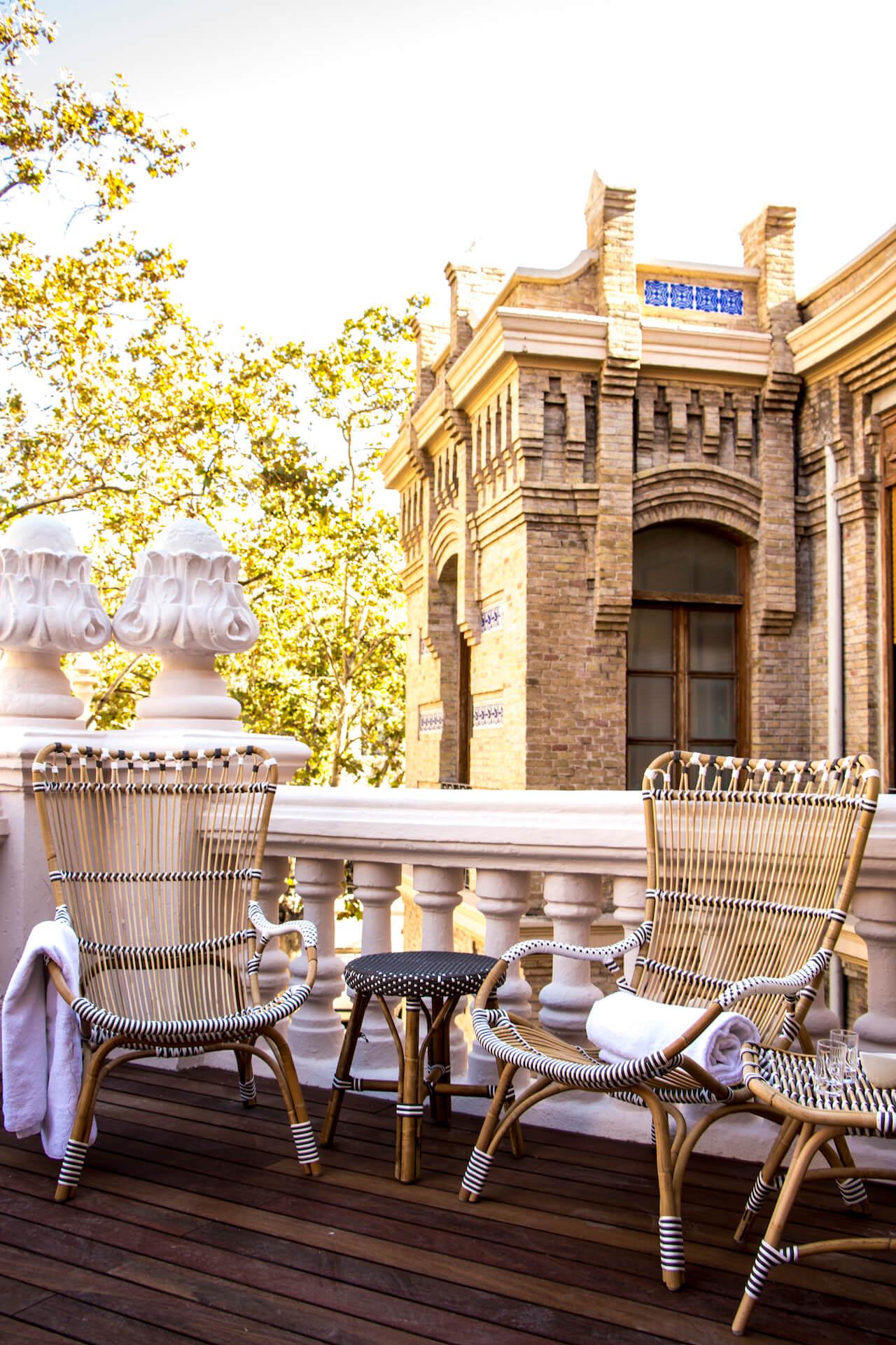 mobiliario de exterior del Balneario de la Alameda